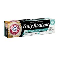ARM & HAMMER Truly Radiant Bright & Strong Fluoride Anticavity Toothpaste Fresh Mint 4.3 oz [033200186816]