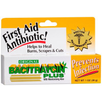 Bacitraycin Plus First Aid Antibiotic Ointment with Moisturizing Aloe 1 oz [814428000036]